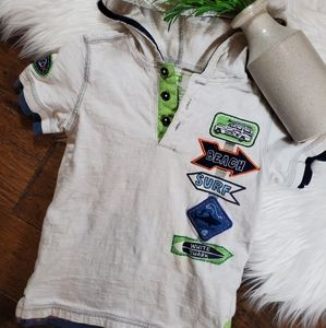 🌿5/$25 Kids Headquarters White Surfer Shirt sz 4